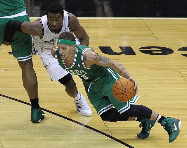 Boston Celtics v/s Washington Wizards April 11,  2011